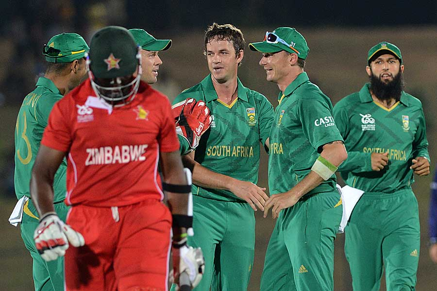 Albie Morkel dismissed Hamilton Masakadza in his first over, South Africa v Zimbabwe