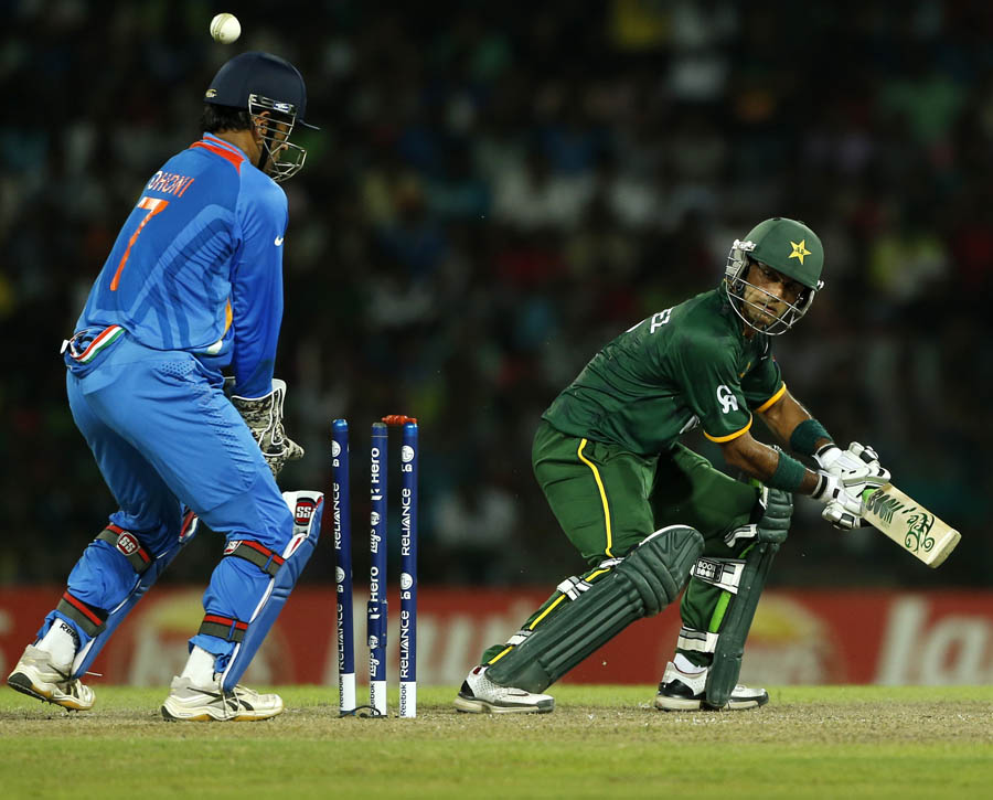 essay on cricket match between india and pakistan 2012