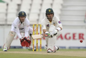 Misbah-ul-Haq battled his way to the close, South Africa v Pakistan, 1st Test, Johannesburg, 3rd day