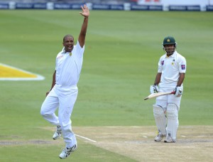 Vernon Philander had Asad Shafiq caught behind, South Africa v Pakistan, 1st Test, Johannesburg, 2nd day