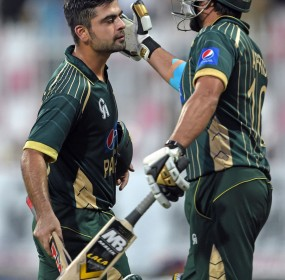 PAK V NZ 3rd cricket match Pictures