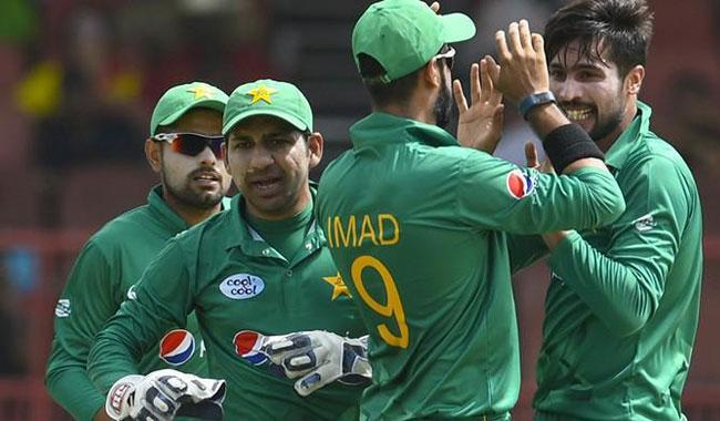 Pak Cricket Team in Scotland