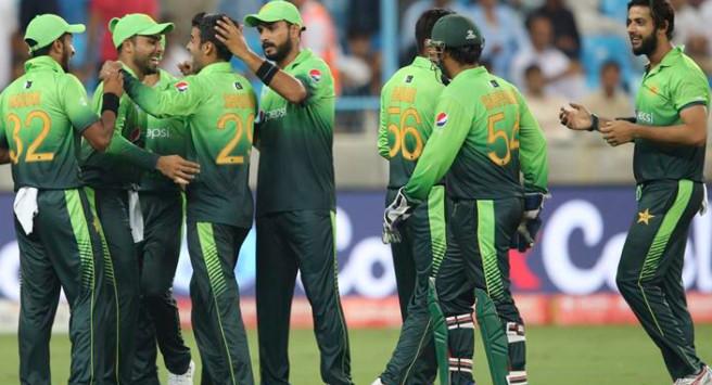 Pakistan Beat Sri lanka