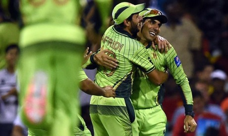 Afridi & Misbah Play Afghan Premier League 2