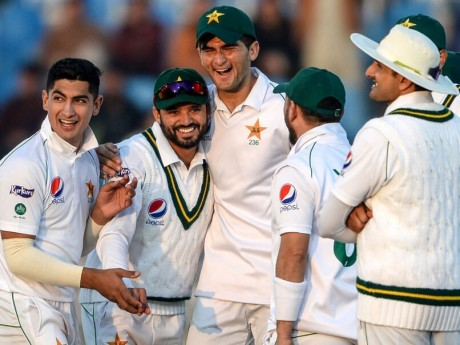 Pak won by an Innings and 33 runs against Bangladesh